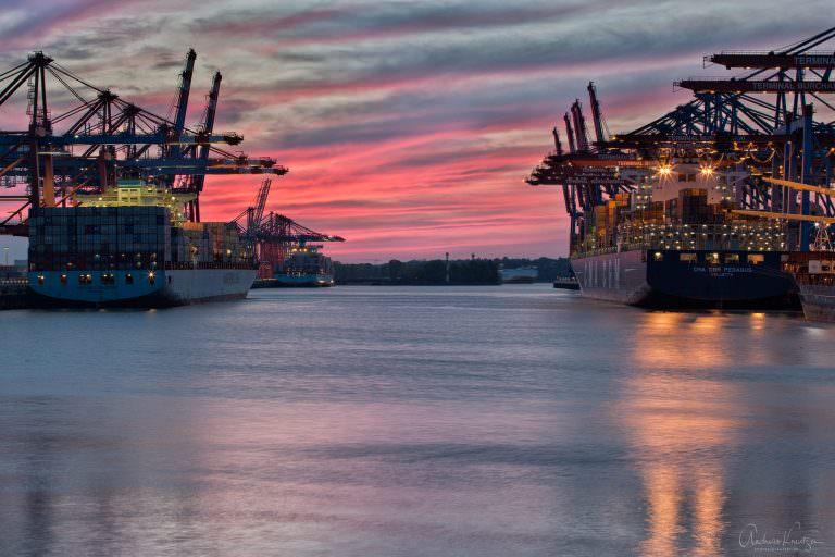 Abenddämmerung am Walterhofer Hafen III