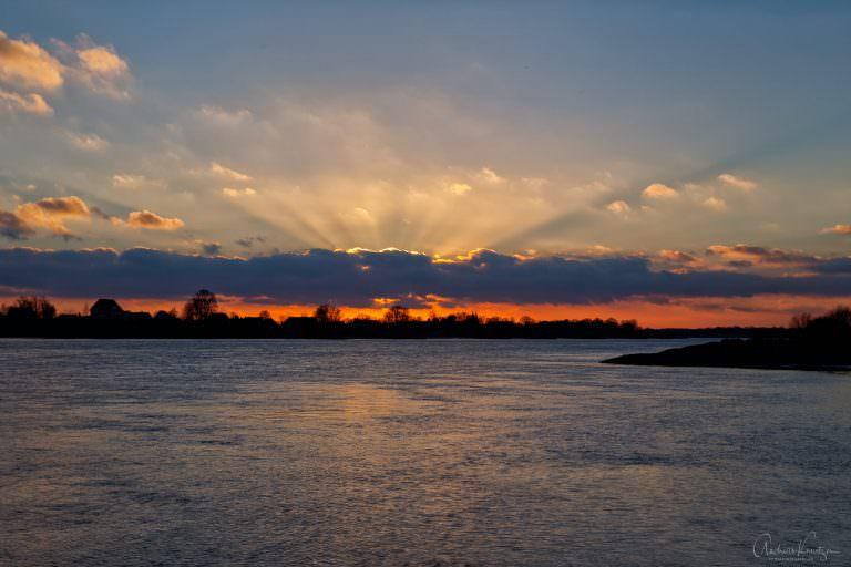 Abends an der Elbe VIII