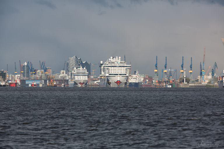 AIDAprima und AIDAmar in Hamburg II