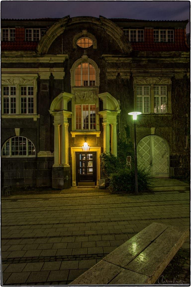 Akademie der Wissenschaften - 1