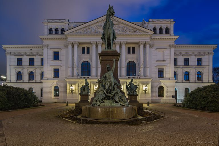 Altonaer Rathaus XI