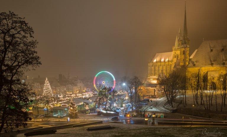 Blick auf den Erfurter Weihnachtsmarkt