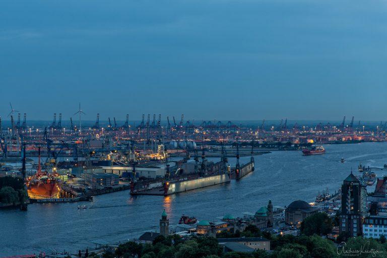 Blick über den Hamburger Hafen