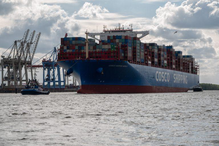 Containerschiff Nebula