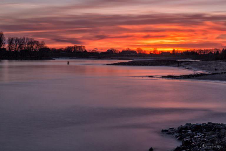 Der Sonnenuntergang heute an der Elbe