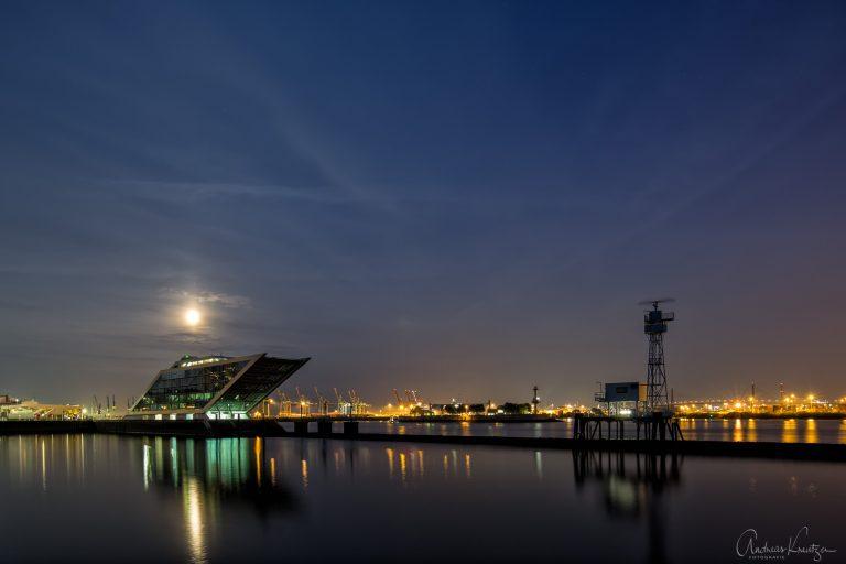 Dockland & Leitdamm