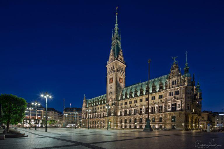 Hamburger Rathaus 0614-2