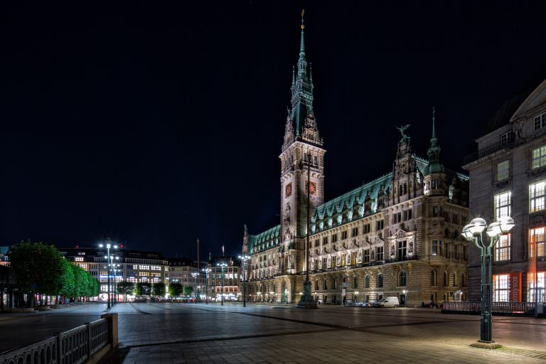 Hamburger Rathaus IX