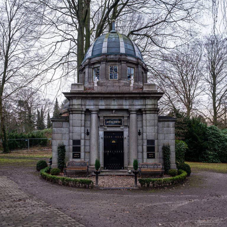 Mausoleum Hoefele