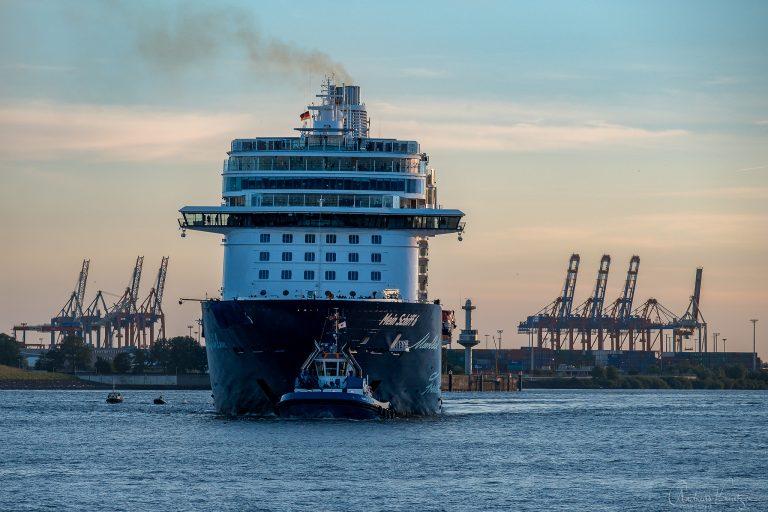 Mein Schiff 6 in Hamburg