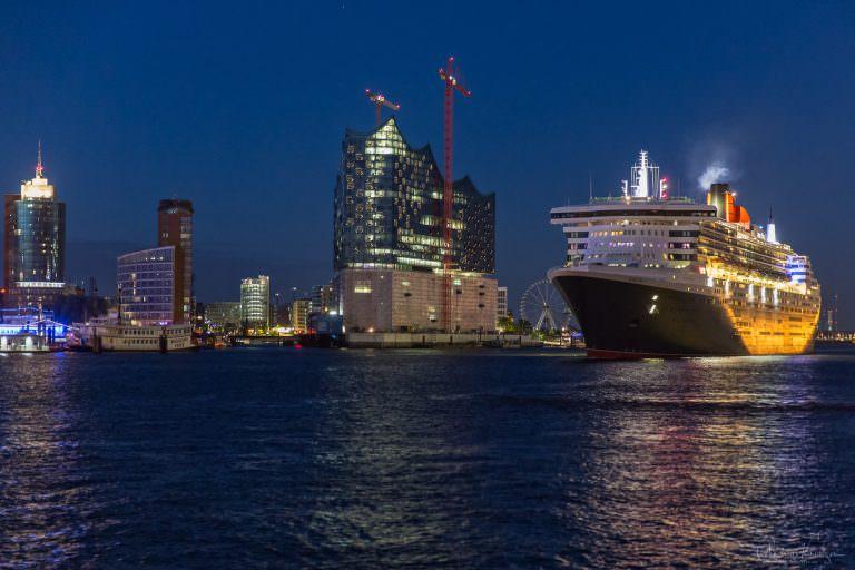 Queen Mary 2 - 0614 -II