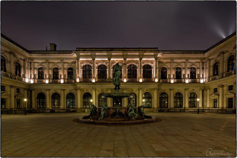 Rathaus Innenhof II