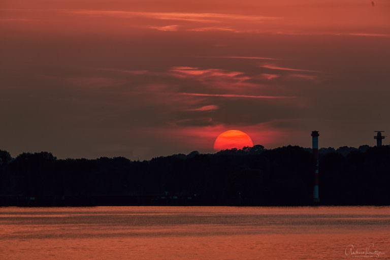 Sonnenuntergang am Bubendey-Ufer
