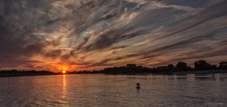 Sonnenuntergang an der Elbe 0714 II