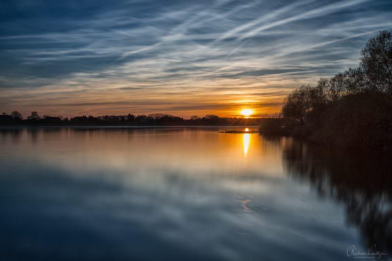 Sonnenuntergang an der Elbe X