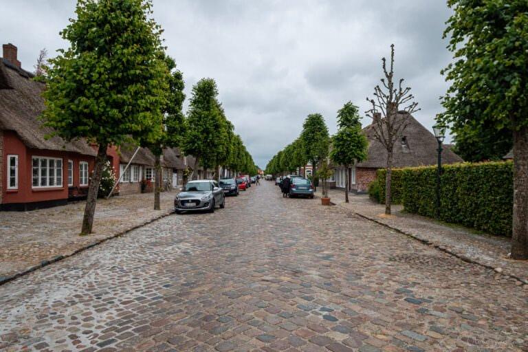 Hauptstrasse in Moegeltoender