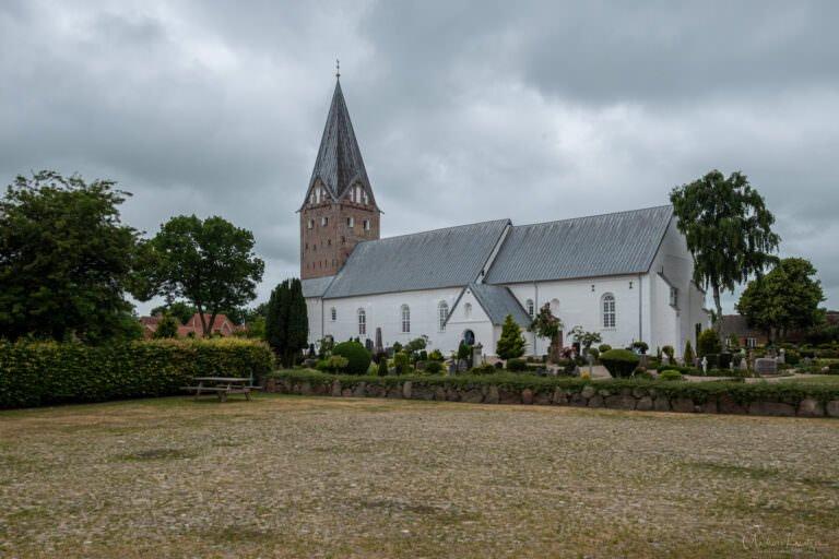 Kirche von Moegeltoender